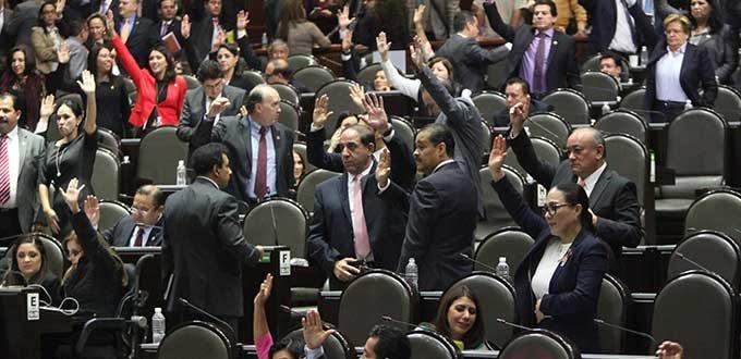 Economía del país crece, a diferencia de otras economías emergentes; las reformas estructurales dan resultados: Aportela Rodríguez