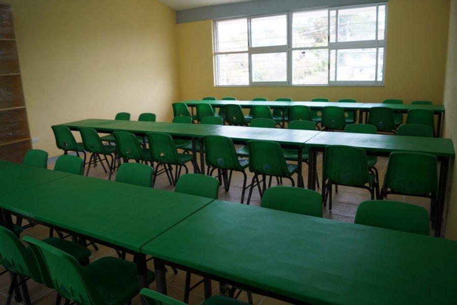 Avanza construcción de comedores a favor de alumnos