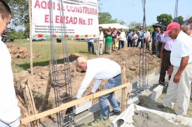 Incrementan infraestructura educativa de Cobatab en Huimanguillo