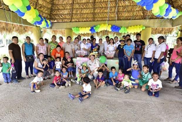 Disfrutan familias tabasqueñas y foráneas festividades por el aniversario del Yumká