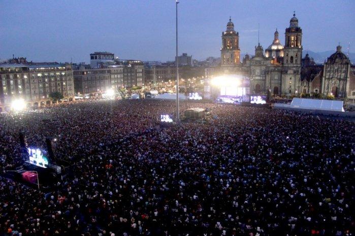 Asisten alrededor de 120 mil personas a Zócalo CDMX