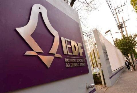 Orientan IEDF y delegaciones a ciudadanas y ciudadanos para el registro de proyectos de Presupuestos Participativo