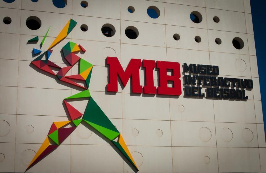 Se inaugura Academia de Béisbol y Museo Interactivo de Sinaloa