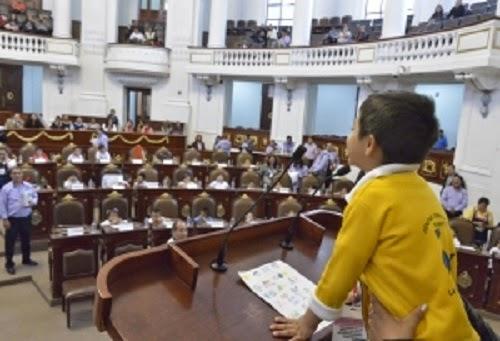 Trazan parlamentarios infantiles y adolescentes ruta hacia integración de sus propuestas en Constitución de la Ciudad de México