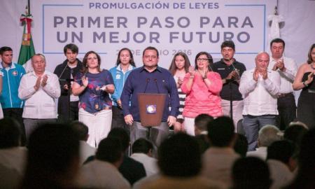 Pasos firmes para un Mejor Futuro: Carlos Mendoza