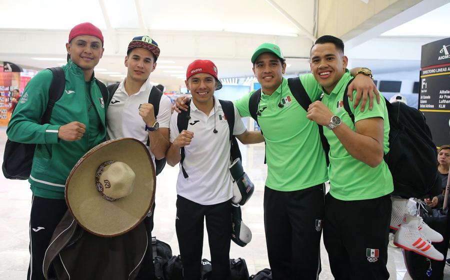 Parte equipo de boxeo rumbo a Juegos Olímpicos