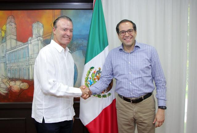 Gobernador de Sinaloa busca aplicar en su estado el gobierno electrónico