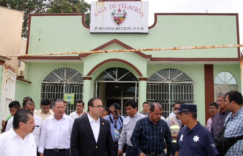 Expresa condolencias Javier Duarte a familiares de agente antisecuestros