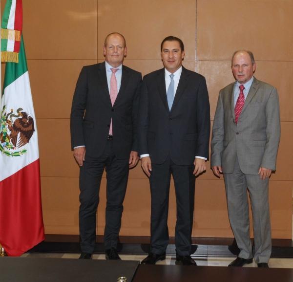 Moreno Valle se reúne con Thomas Karing, Vicepresidente de Relaciones Corporativas Volkswagen