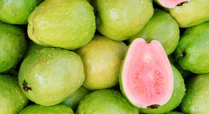 En otoño guayaba, manzana y betabel son productos de temporada