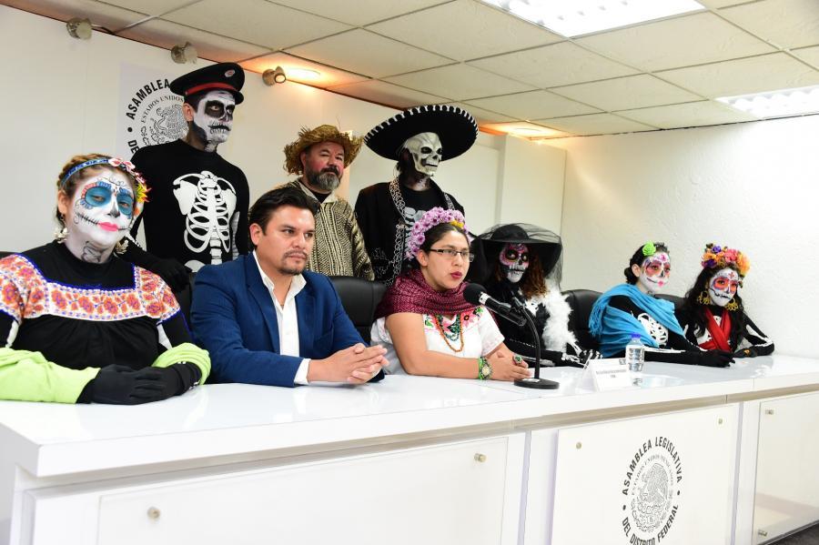 En Xochimilco reviven hasta los muertos