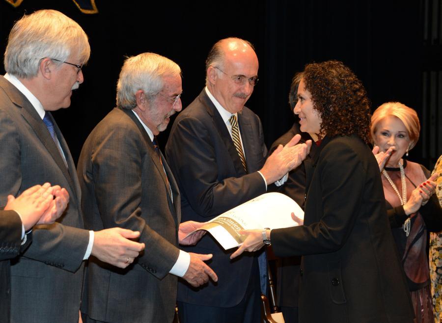 ENTREGA LA UNAM PREMIO UNIVERSIDAD NACIONAL Y DISTINCIÓN PARA JÓVENES ACADÉMICOS 2016