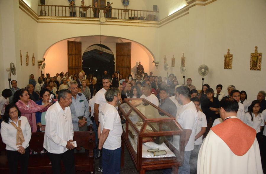 """REGRESÃ"""" EL CRISTO ARTICULADO DEL SIGLO XIX AL BARRIO DE ACAPANTZINGO, EN MORELOS"""