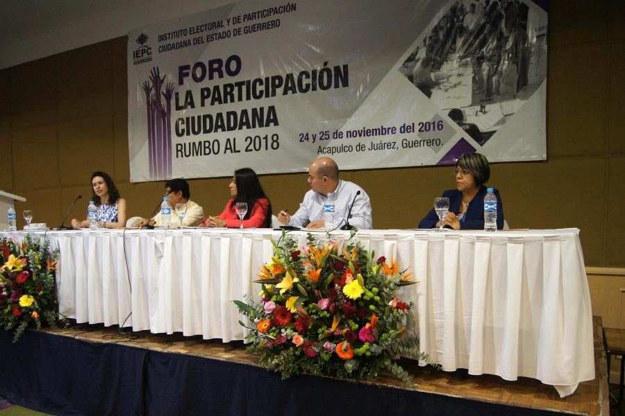 Participa IEDF en foro sobre participación ciudadana en Guerrero