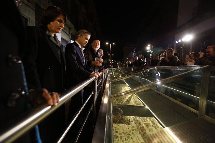 El Jefe de Gobierno reabre el circuito de la calle de República de Argentina y Justo Sierra, sobre el Templo Mayor