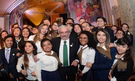 LA ESCUELA NACIONAL PREPARATORIA, COLUMNA VERTEBRAL DE LA UNAM: GRAUE