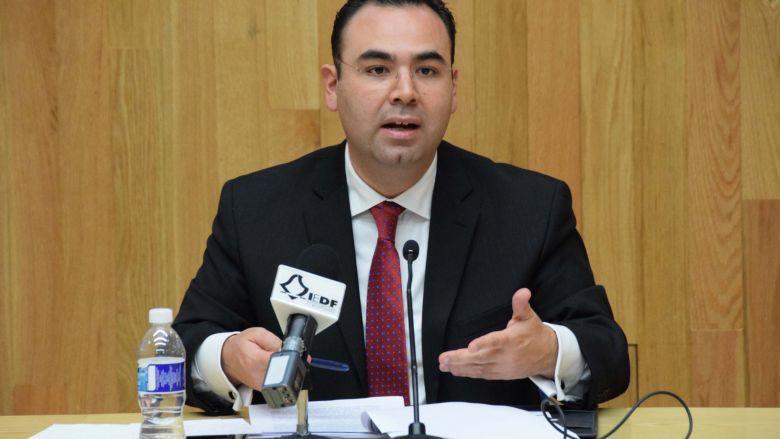 Indispensable abrir el debate público a las redes sociales: Pablo Lezama Barreda
