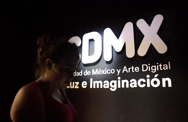 'Deslumbra' a visitantes la muestra Ciudad de México y Arte Digital: Luz e Imaginación
