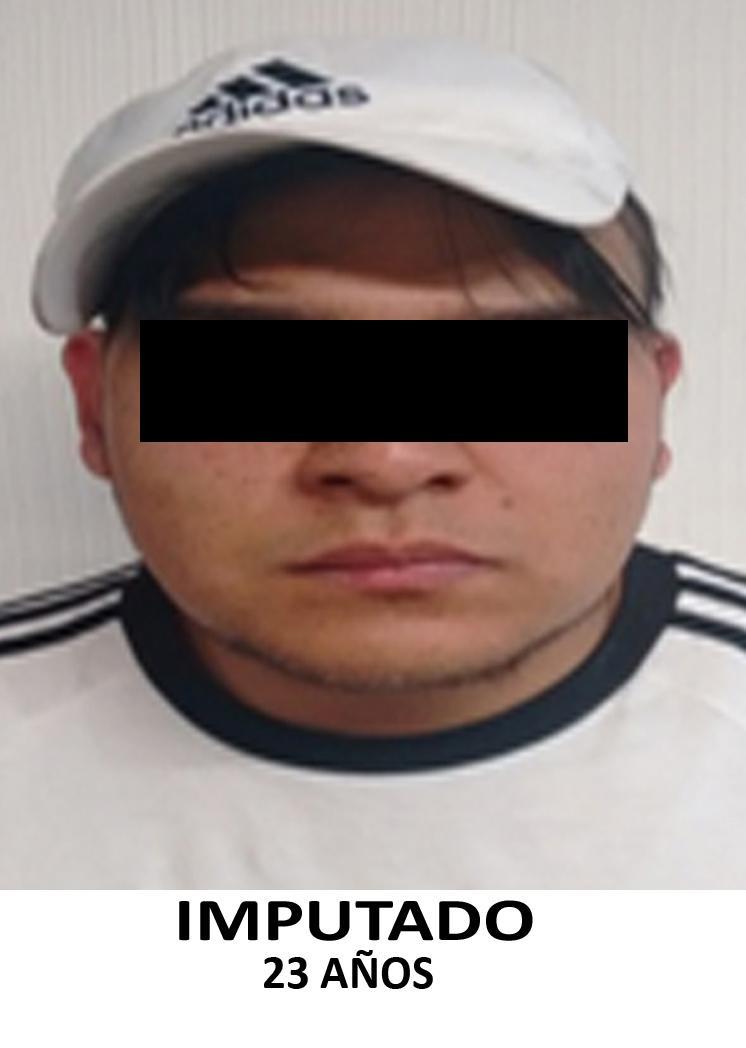 "VINCULAN A PROCESO A HOMBRE QUE DESAPODERÃ"" DE SU AUTOMÃ""VIL A PAREJA EN AZCAPOTZALCO"