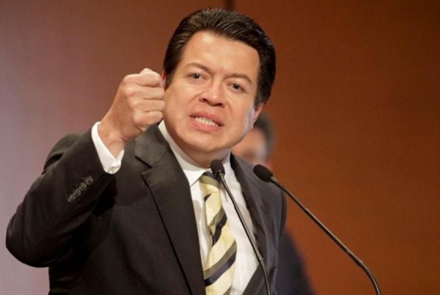 El precio de las gasolina debió haber bajado: Senador Mario Delgado