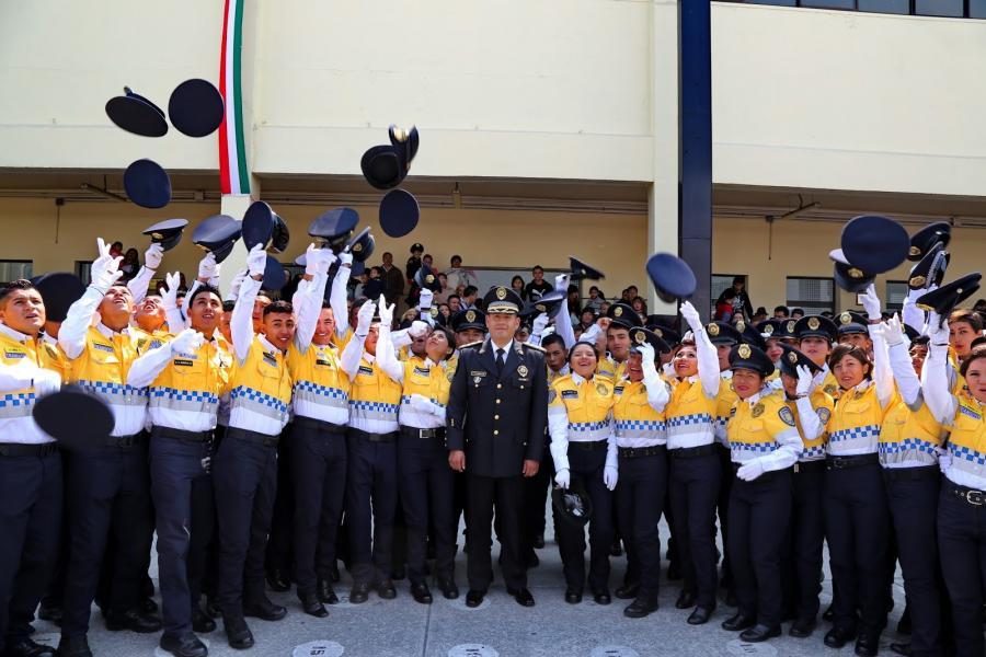 LLAMA HIRAM ALMEIDA A 940 NUEVOS POLICÍAS A RESALTAR HONESTIDAD, VOCACIÓN Y MÍSTICA DE HACER EL BIEN