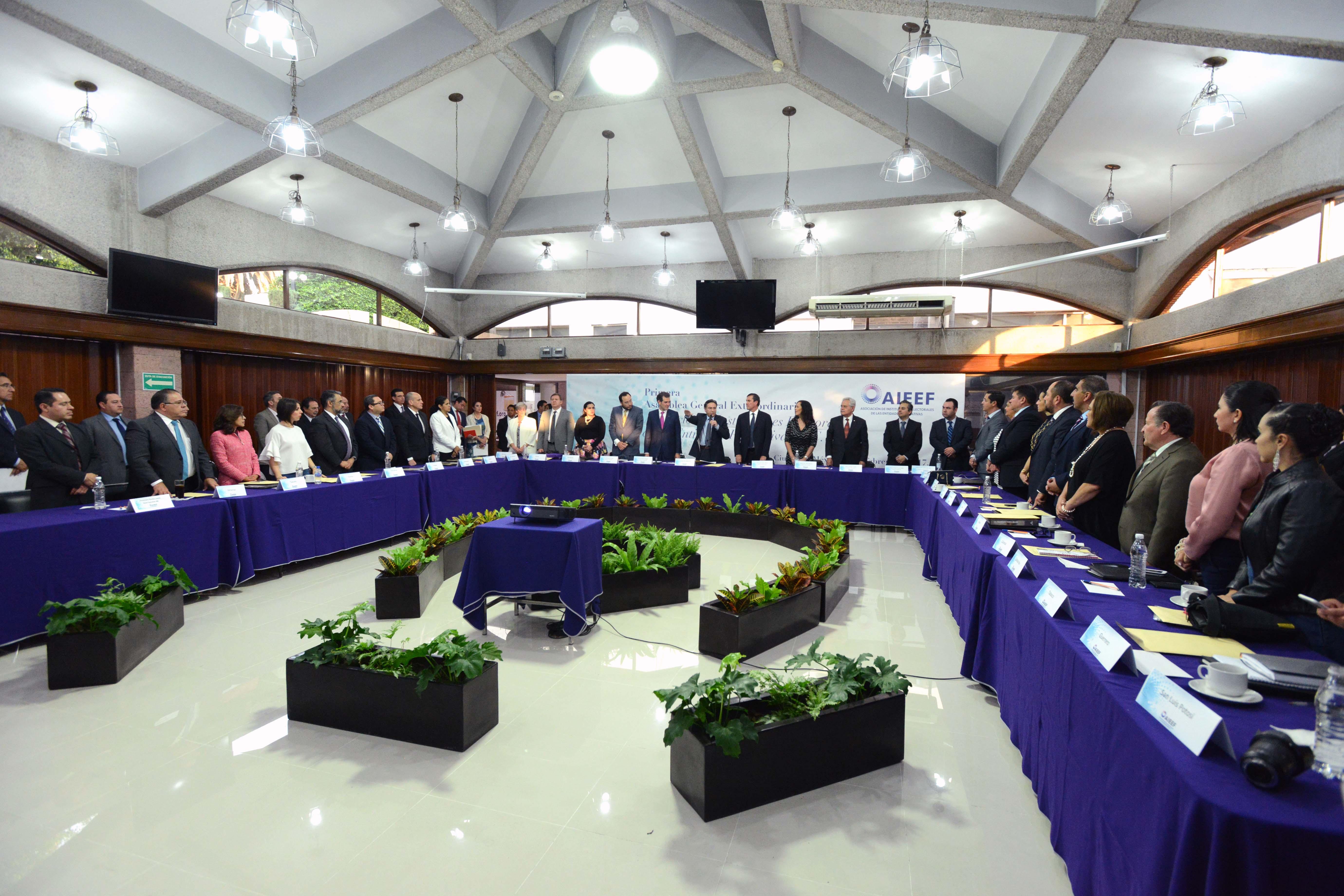 Rinde protesta nuevo Consejo Directivo de la Asociación de Institutos de la Entidades Federativas