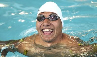 Jesús Hernández va por el récord mundial de natación