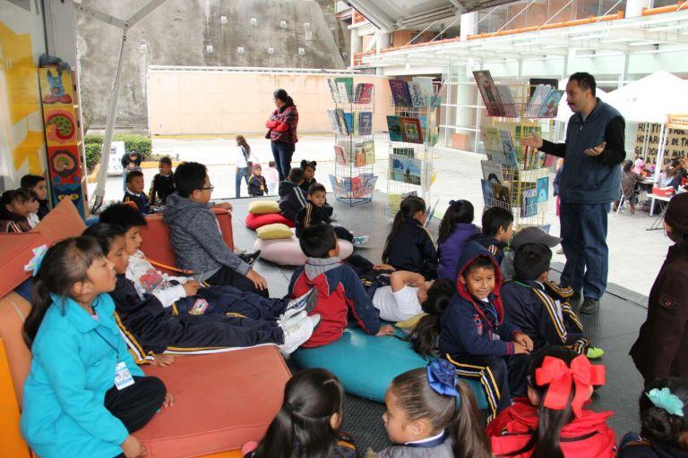 Visitan estudiantes de nivel básico UAM Cuajimalpa