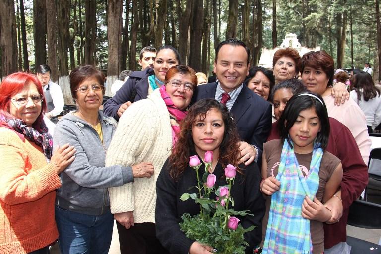 Miguel Ángel Salazar contribuye en la prevención de la salud femenina en Cuajimalpa