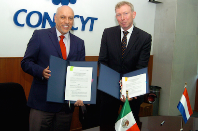 Firman el Conacyt y Universidad de Twente convenio para fortalecer intercambio académico