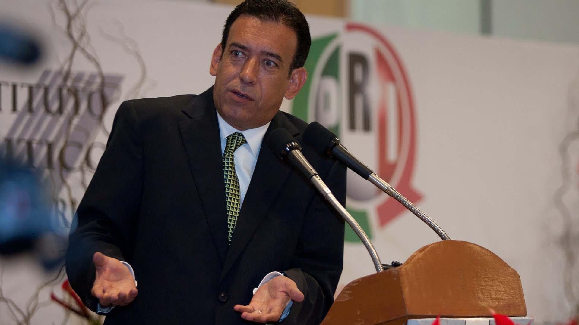 Humberto Moreira, automáticamente fuera del PRI
