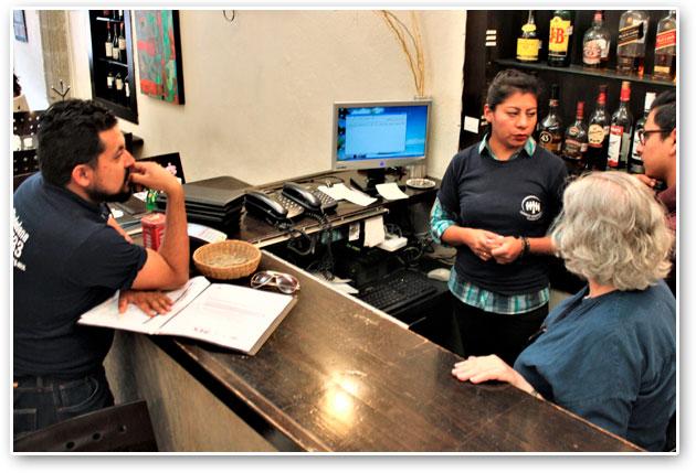 Instalan aplicación para mejorar seguridad en comercios de Tlalpan
