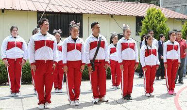 Abanderan Selección Mexicana de Porristas y Grupos de Animación Deportiva