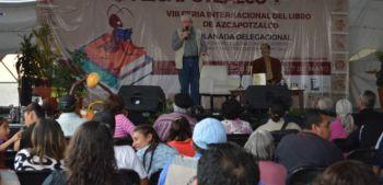 FELIPE GARRIDO PRESENTÓ GLIFOS, LA CUENTA DE LOS DÍAS Y LOS DESTINOS