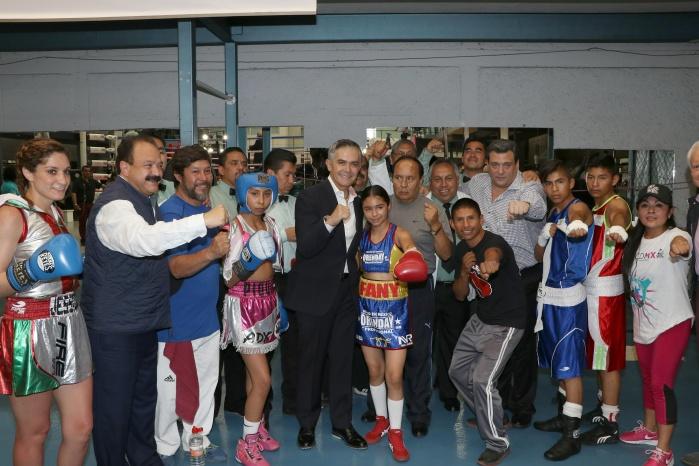 """Impulsa CDMX activación física con programa """"Boxeando por Tu Salud"""""""