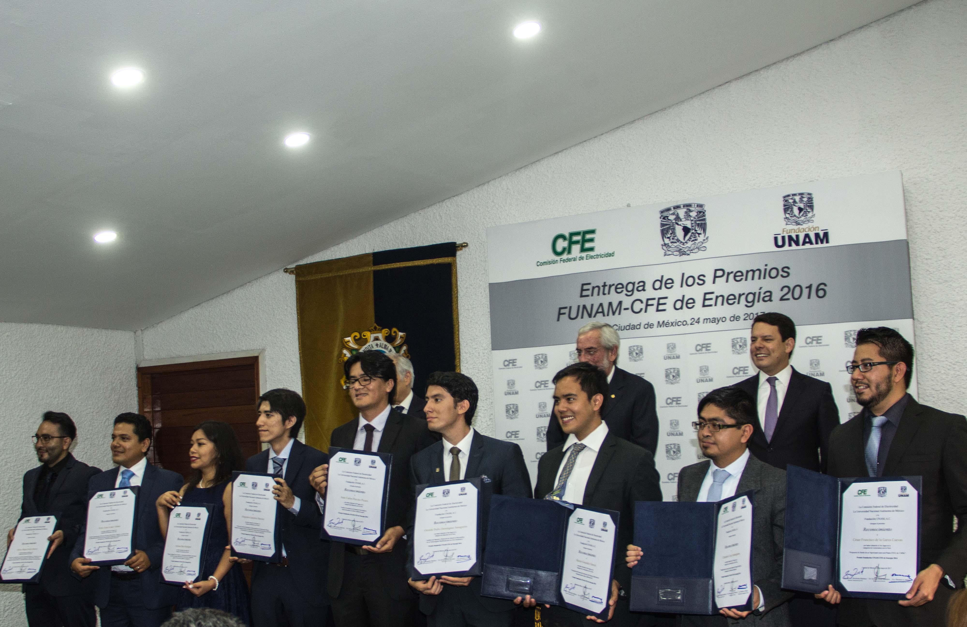 FUNDACIÓN UNAM REALIZA LA ENTREGA DE LOS PREMIOS FUNAM-CFE DE ENERGÍA 2016