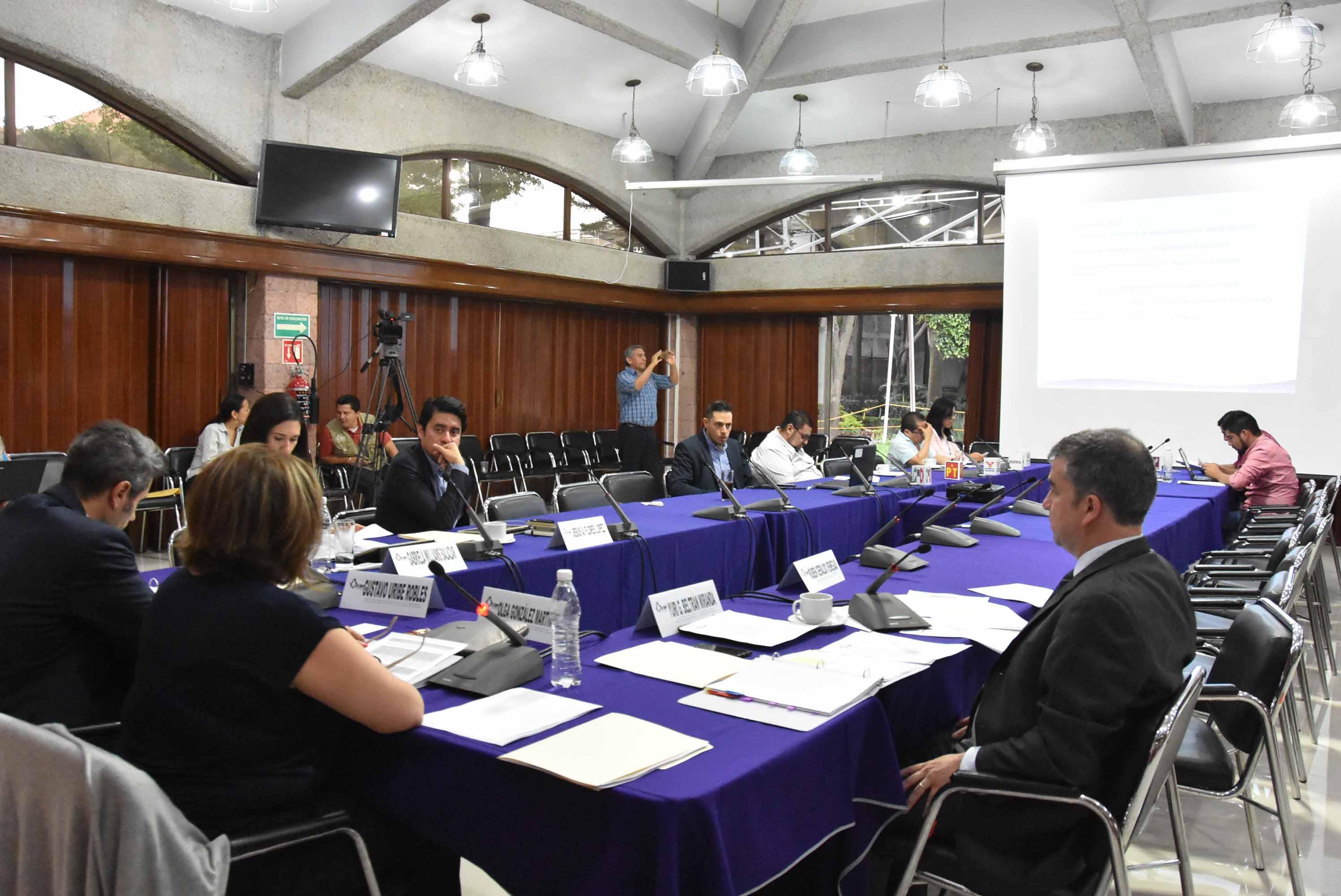 Integra IEDF análisis estadístico sobre chilangos residentes en el extranjero; trabajará para que ejerzan su derecho a elegir Jefe de Gobierno en 2018