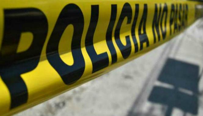 Investigan la muerte de 2 hombres dentro de una empresa