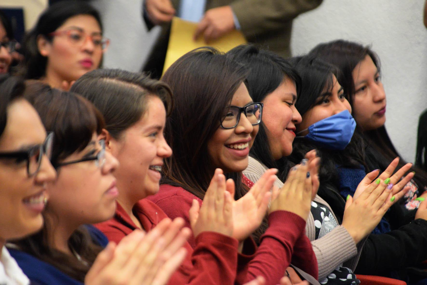 EMPRENDERÁN 75 ALUMNOS DE LA UNAM MOVILIDAD ACADÉMICA EN 16 UNIVERSIDADES DEL PAÍS