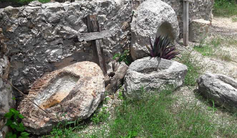 ENTREGAN AL INAH 179 PIEZAS ARQUEOLÓGICAS EN IZAMAL, YUCATÁN
