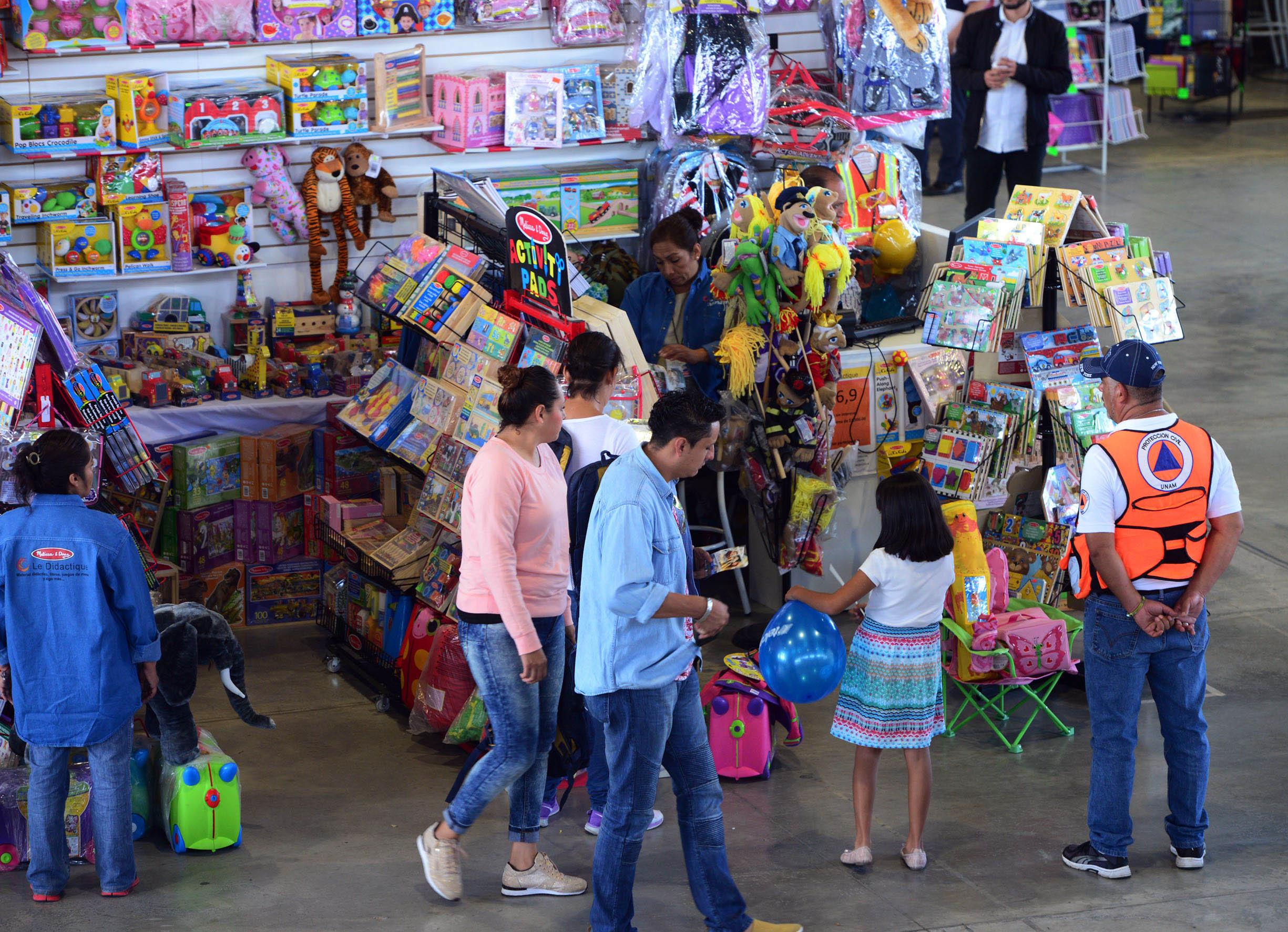 ABIERTA A TODO PÚBLICO, SE INAUGURA EN LA UNAM LA FERIA DE ÚTILES ESCOLARES Y CÓMPUTO 2017