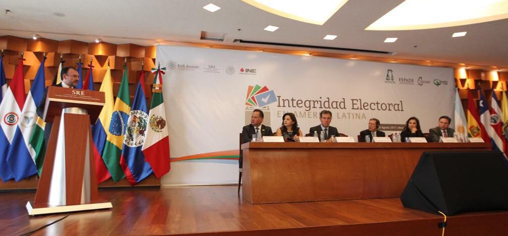 NECESARIO FORTALECER LA DEMOCRACIA EN AMÉRICA LATINA COINCIDEN INSTITUCIONES EN CONFERENCIA SOBRE INTEGRIDAD ELECTORAL