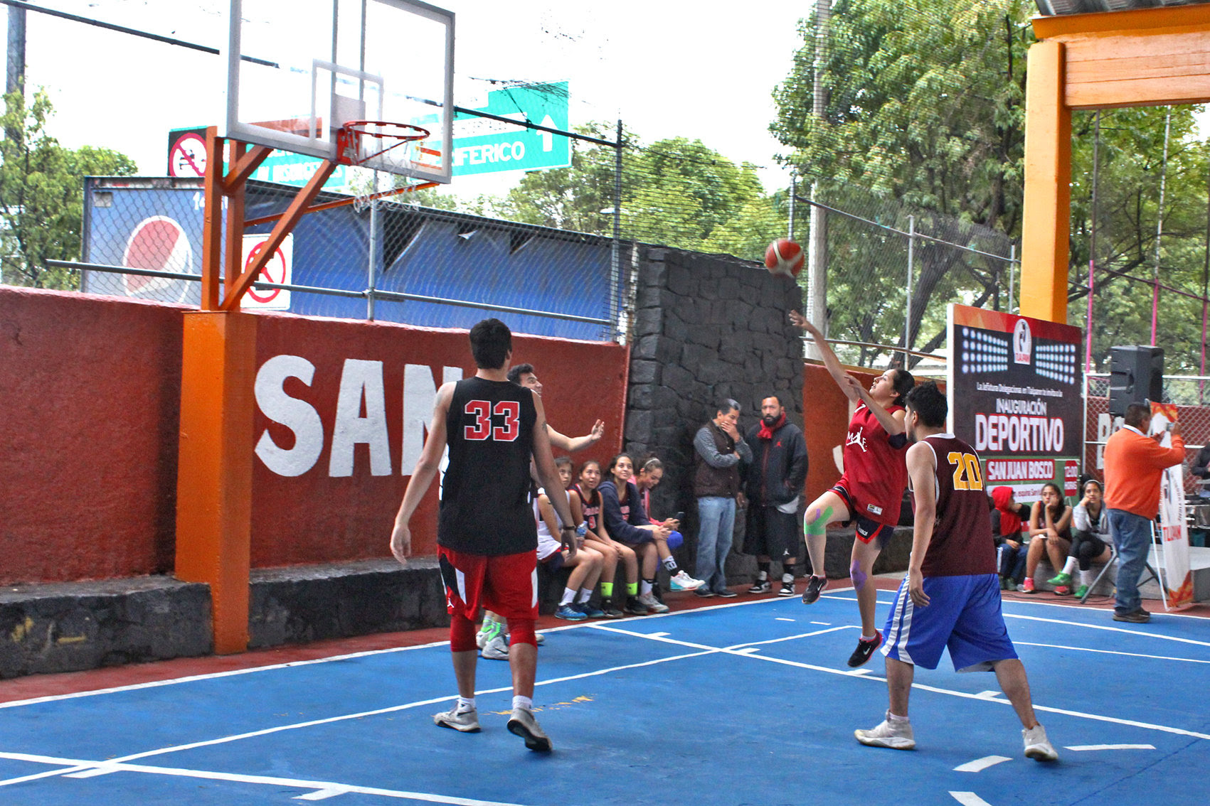 Inaugura Tlalpan deportivo para más de 3 mil jóvenes