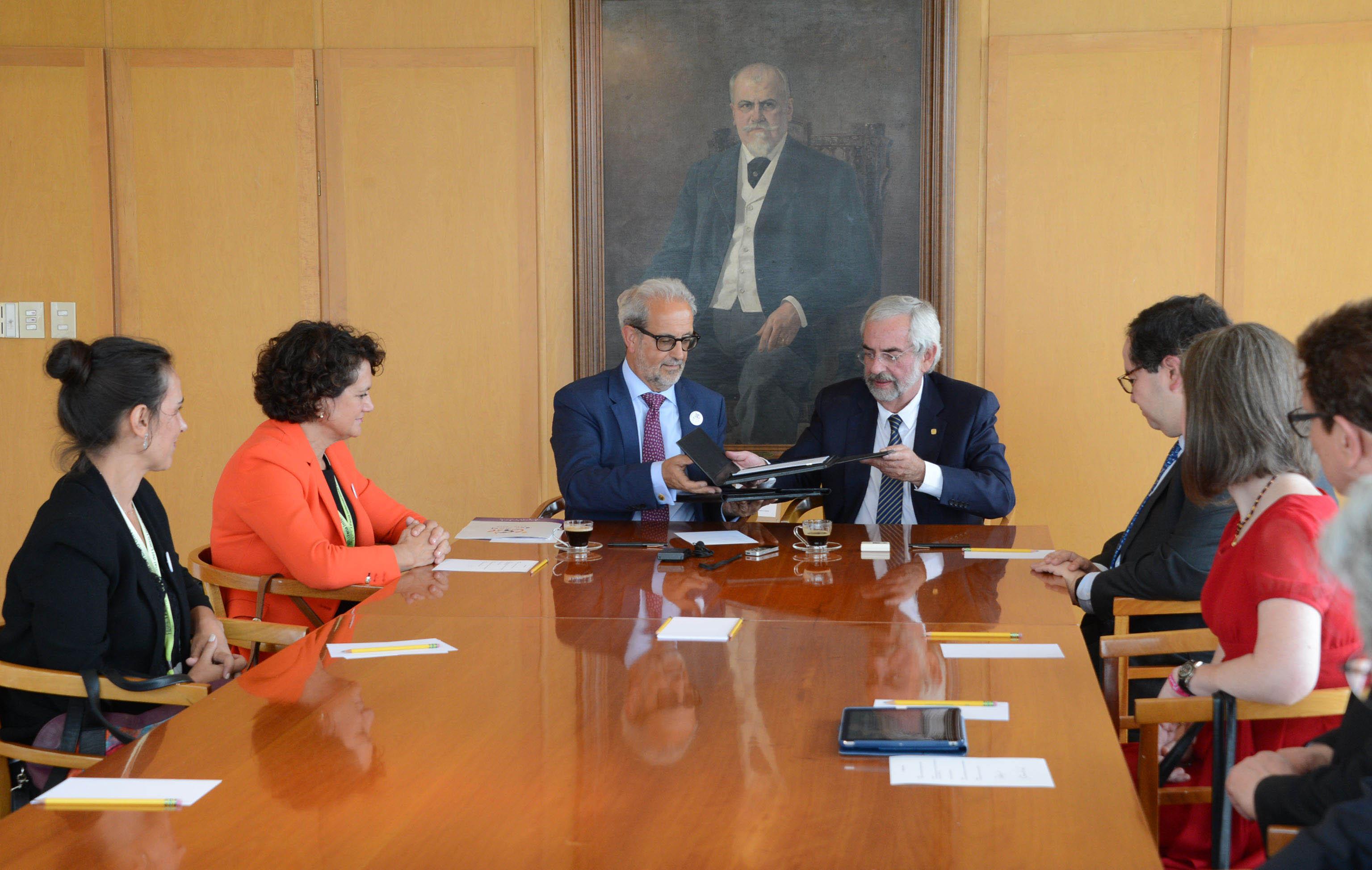 UNAM Y UNIVERSIDAD DE SALAMANCA ESTABLECEN PROGRAMAS ACADÉMICOS DE DOBLE TITULACIÓN