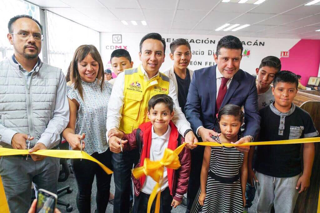 Valentín Maldonado inaugura la nueva Biblioteca León Felipe en Pedregal de Santo Domingo