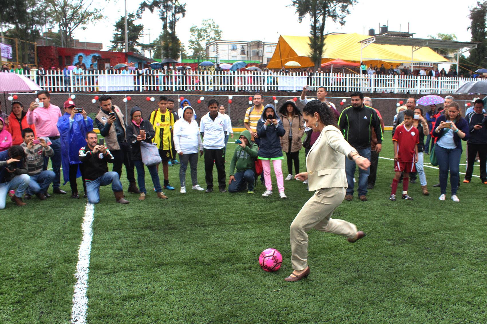 Inaugura Claudia Sheinbaum nuevas instalaciones del Deportivo Balancán