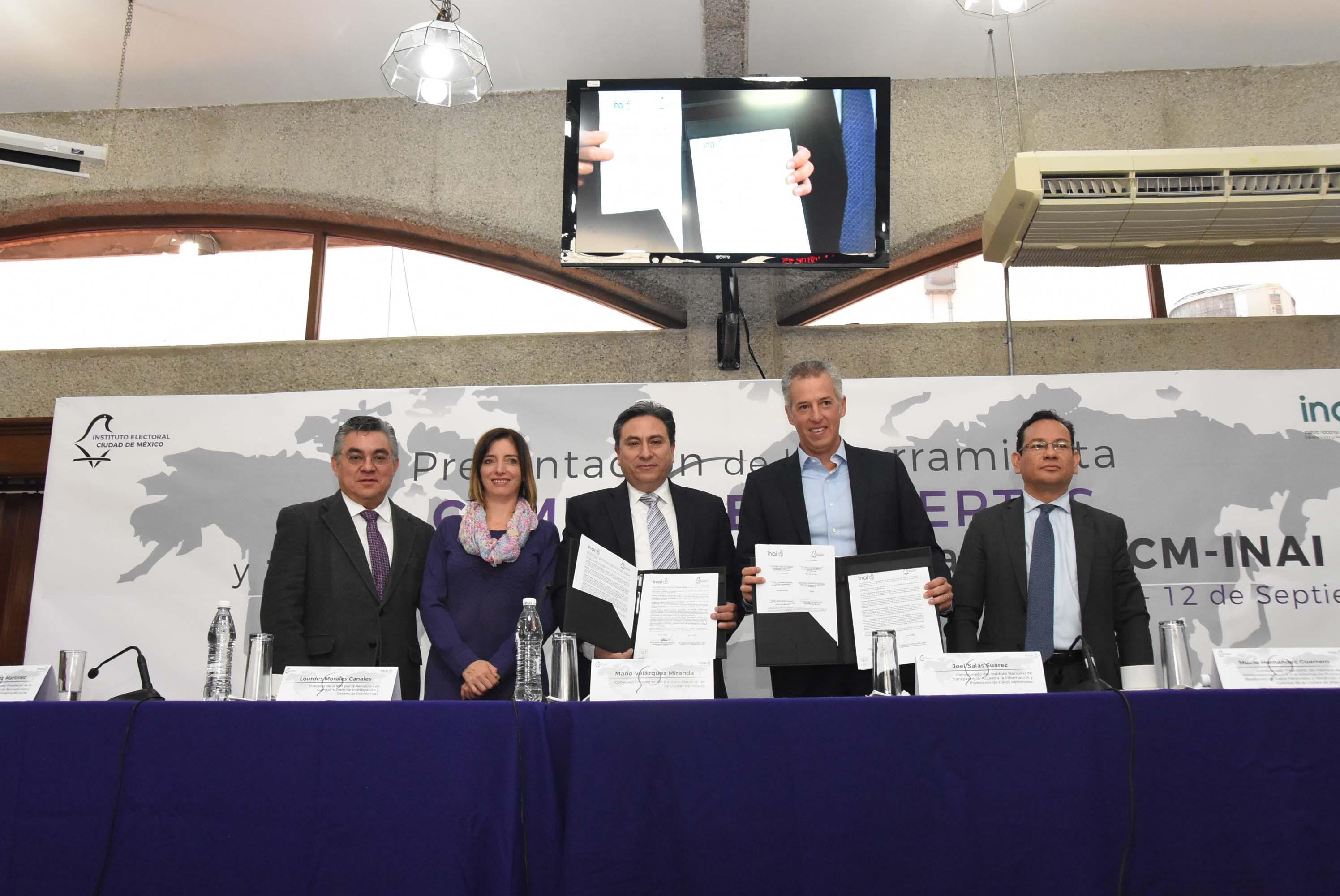 IECM transparenta gastos de viajes de sus funcionarias y funcionarios