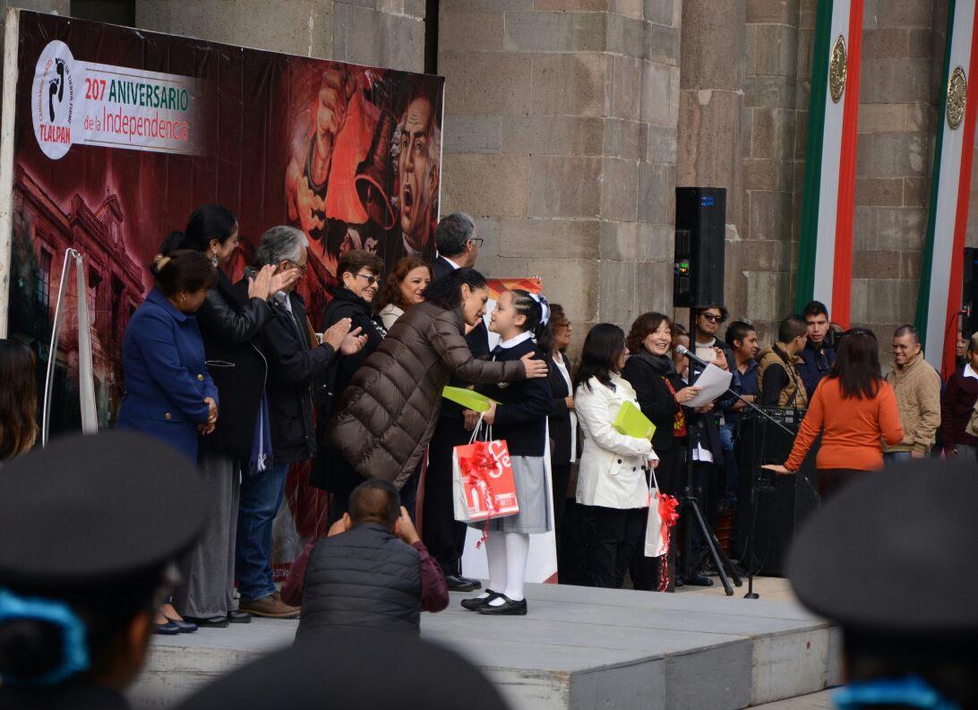 Rinde Tlalpan homenaje a Héroes del Castillo de Chapultepec