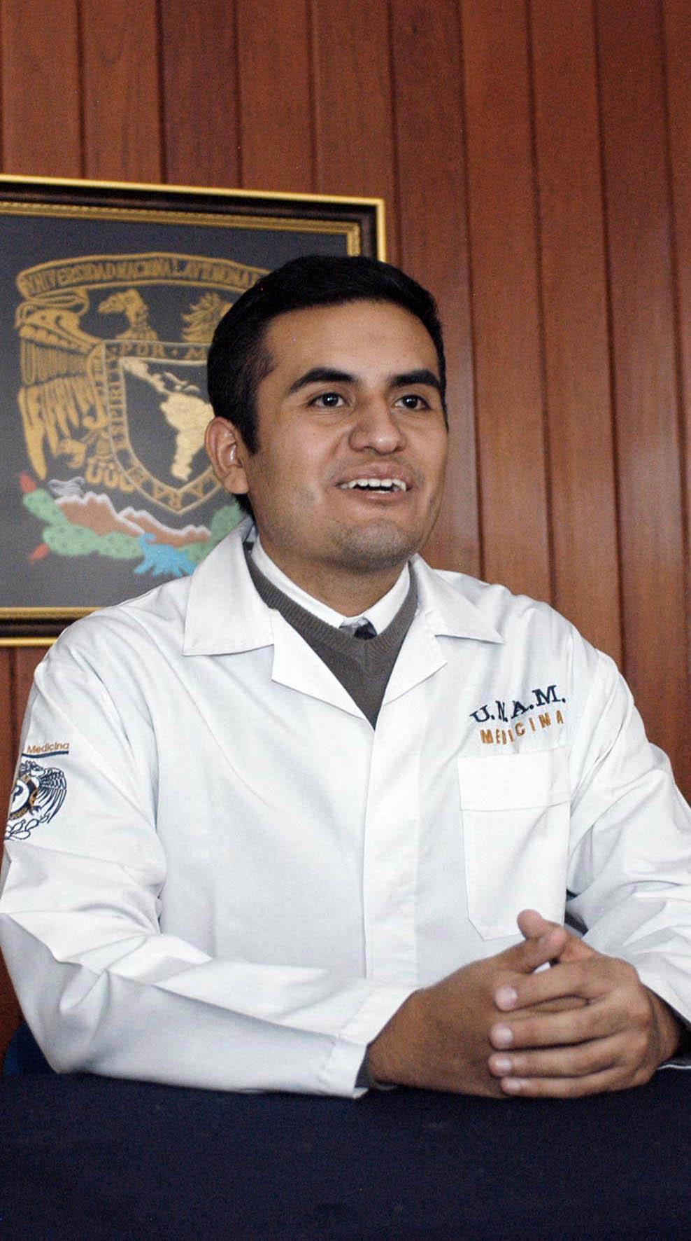 ALUMNO DE MEDICINA DE LA UNAM PARTICIPA EN REUNIÓN INTERNACIONAL DE JÓVENES