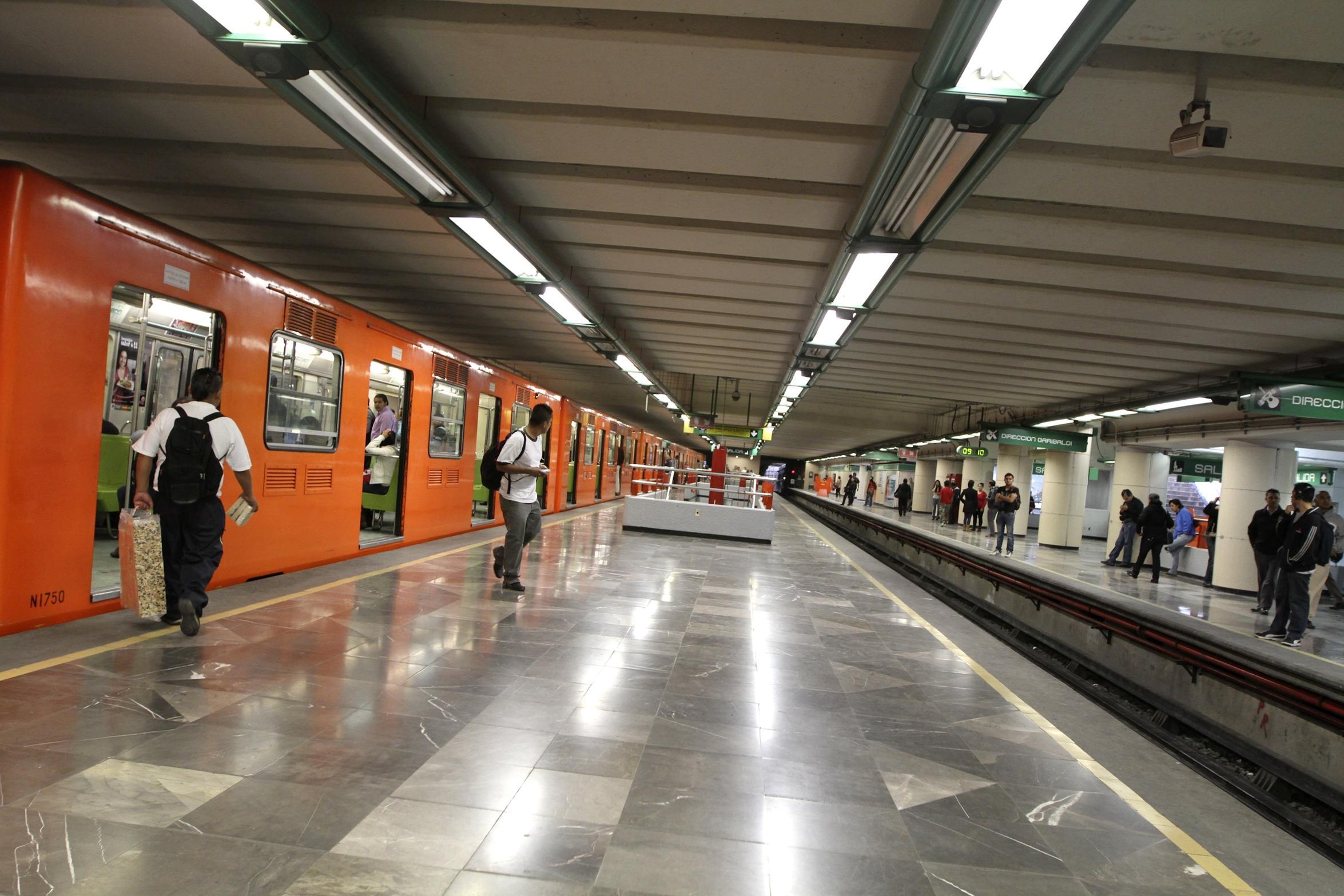 Horario de Metro para Día de Muertos